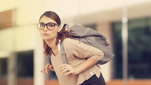 5 Kebiasaan Buruk Pemicu Sakit Kepala