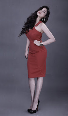 Thủy Tốp - Seductive beauty with red dresses