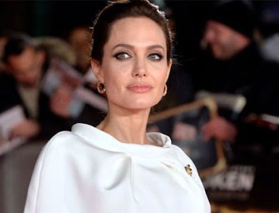 Angelina Jolie estaria com cancer e anorexia