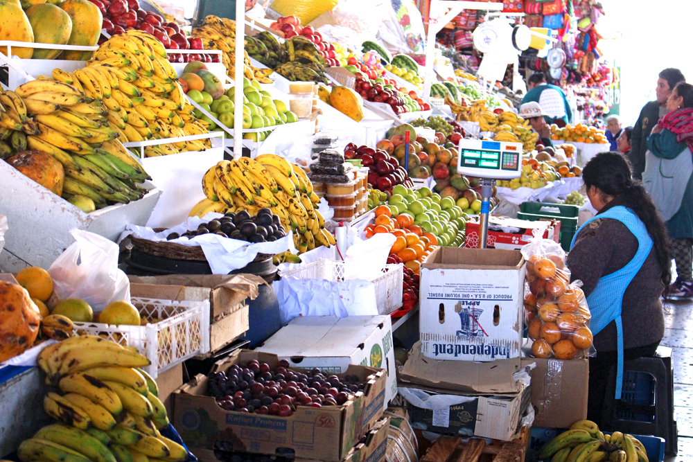 Market in Cusco, Peru - lifestyle & travel blog