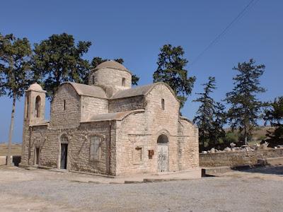9. Ο βυζαντινός Ιερός Ναός του Αγίου Προκοπίου στο κατεχόμενο χωριό Σύγκραση της επαρχίας Αμμοχώστου στην Κύπρο.