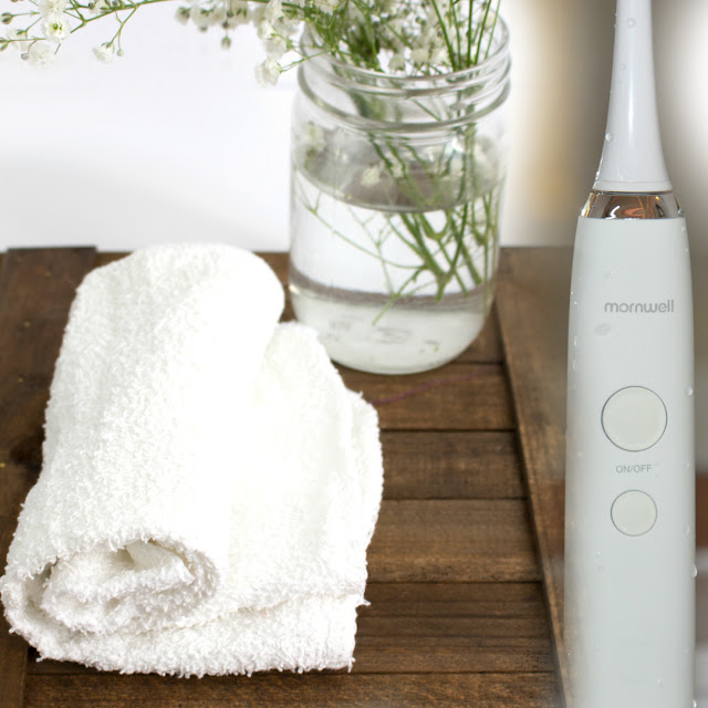 The MornWell D01 Sonic Powered Toothbrush review by Barbies Beauty Bits