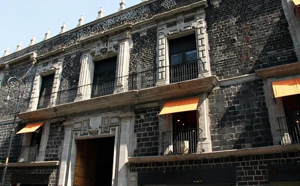 Image result for Palacio de los Condes de Miravalle