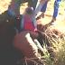 Menino de 11 anos sai ileso depois de cair em poço de 18 metros de profundidade