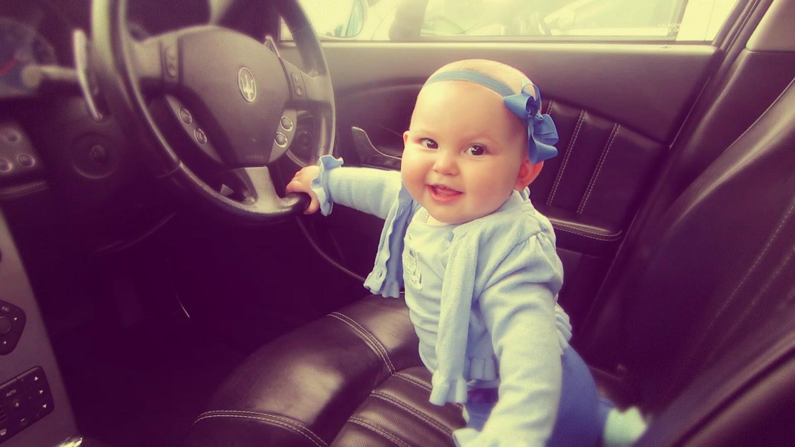 Gambar bayi nyetir mobil lucu banget