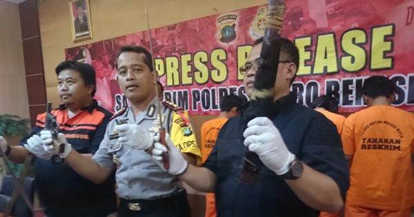Polisi Cokok Komplotan Begal Sadis, Dua di Antaranya Tewas