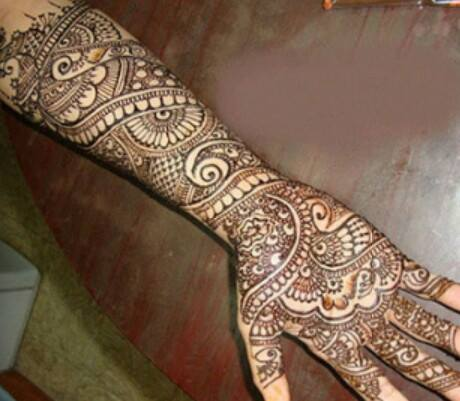 Bridal Designs for Full Hands 8