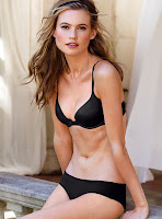 Behati Prinsloo sexy lingerie model photo
