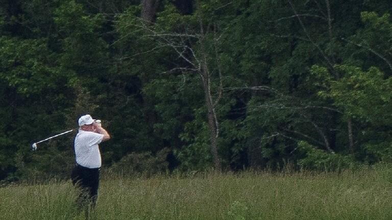 ترامب-قراره-لعب-الغولف-اقتراب-وفيات-كورونا-100-ألف-حالة