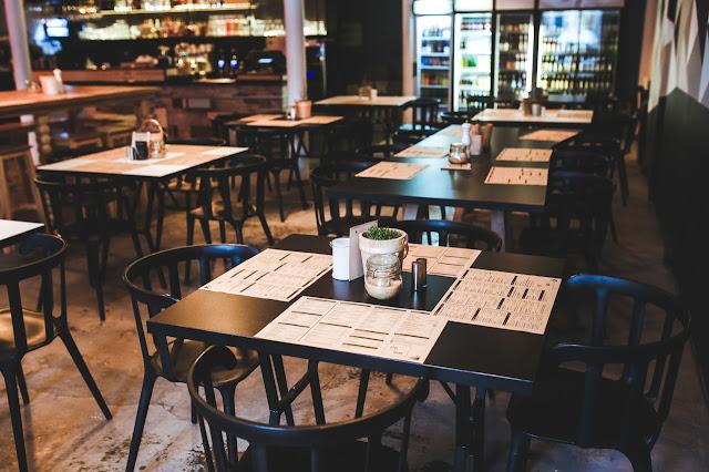 LED Sign Tips for Food Business Owners | AffordableLED.com