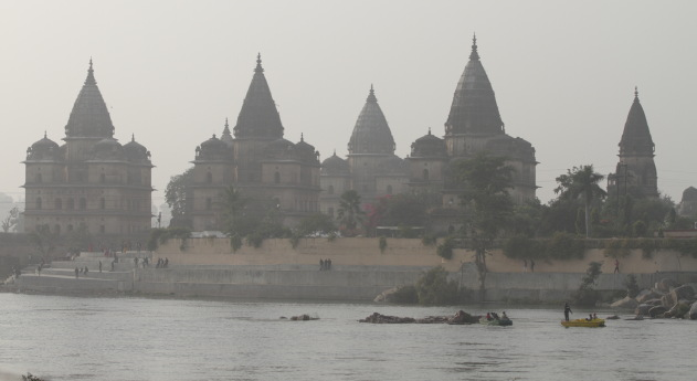 The cenotaphs of Orchha and the Betwa river, Madhya Pradesh