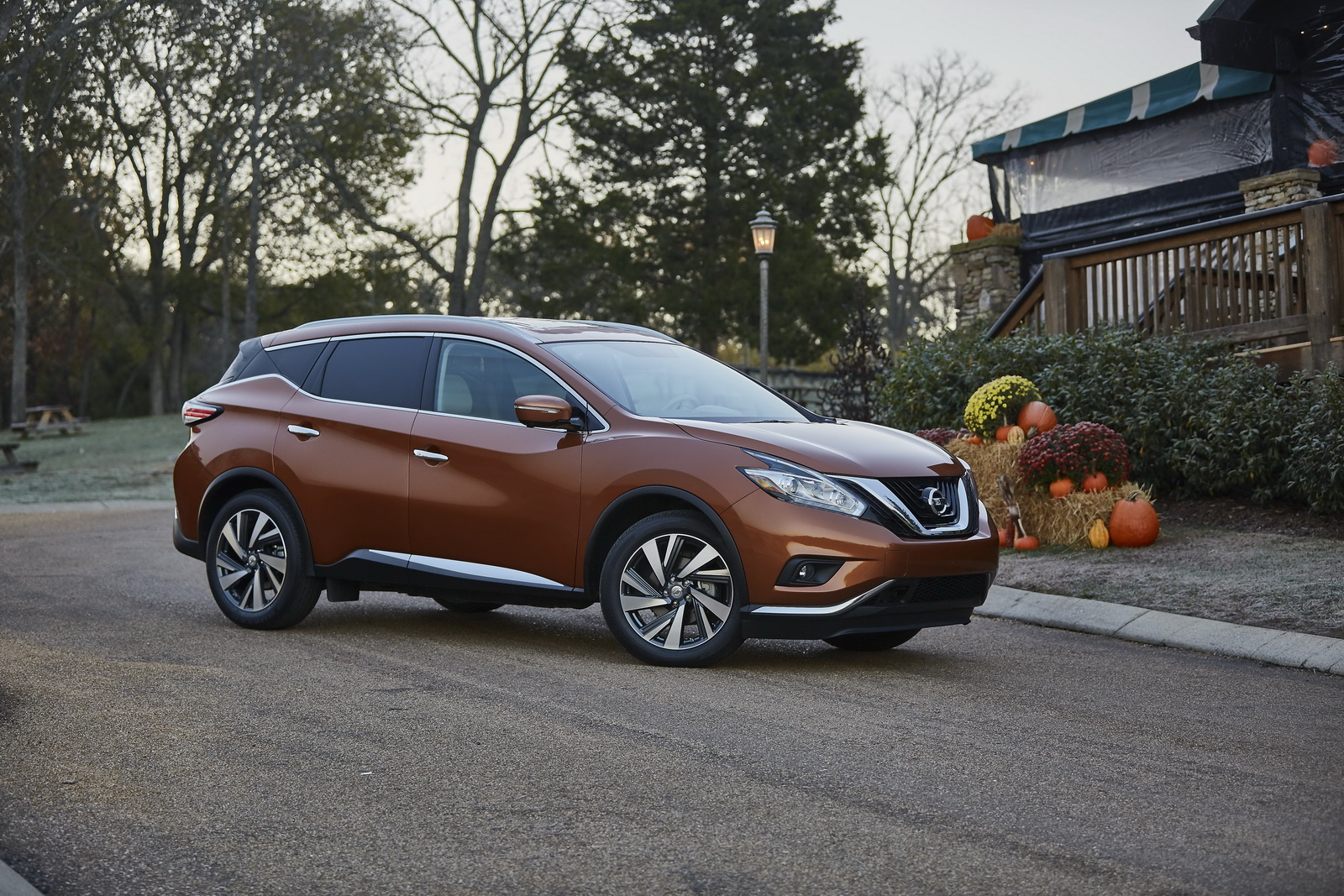 Nissan Murano Soldiers On For 2017 With Apple CarPlay ...