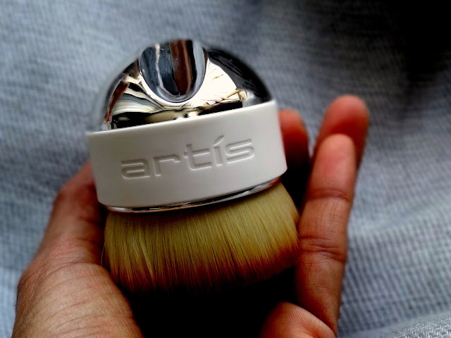 Artis Elite Palm Brush
