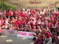 Sambil Jalan Sehat, Lovepink Kampanyekan Waspada Kanker Payudara