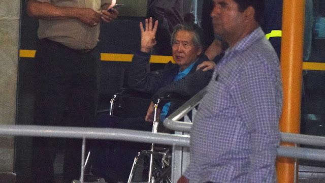 Perú: Fujimori sale de la clínica y queda en libertad luego de su polémico indulto