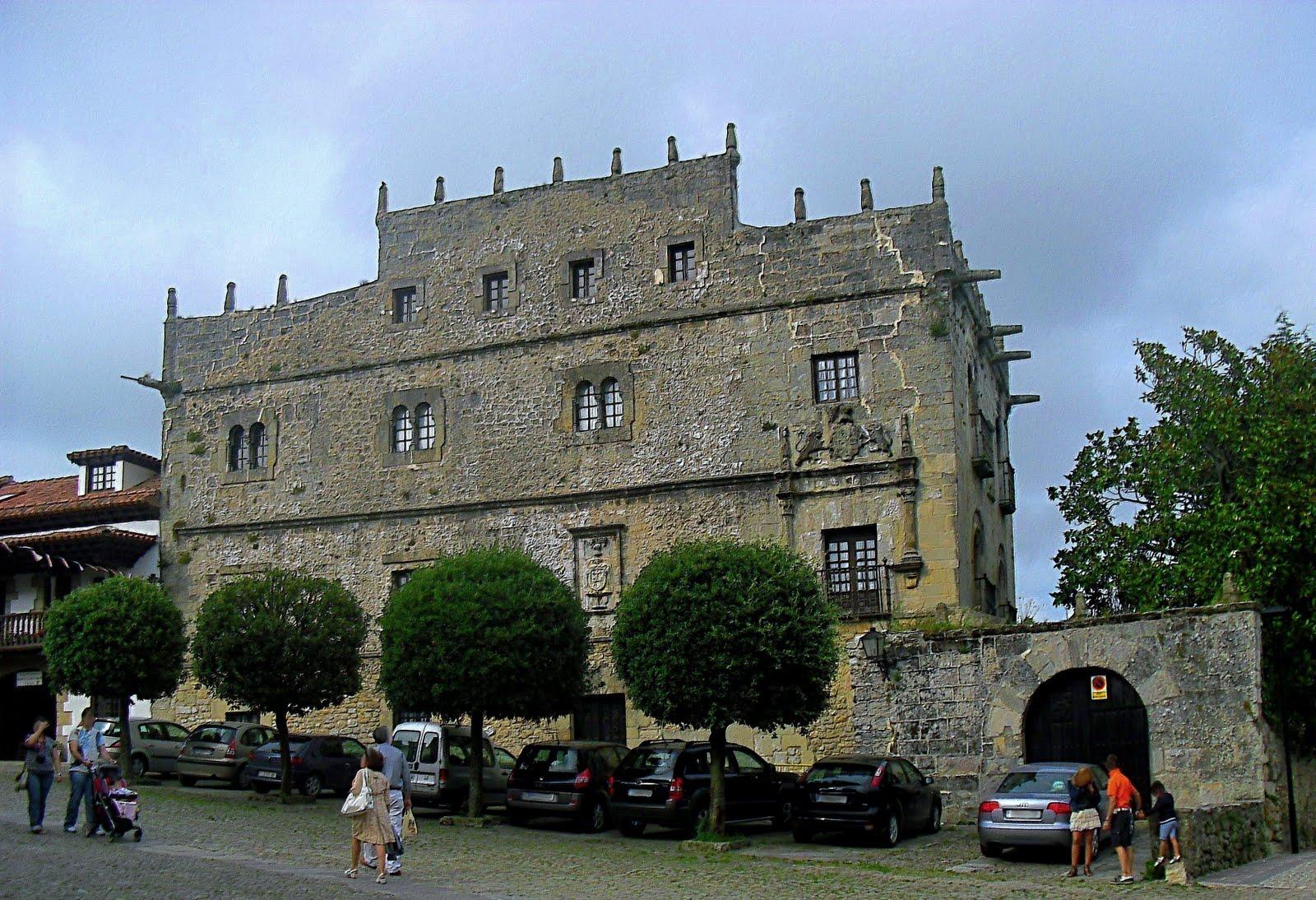 Resultado de imagen de palacio de velarde santillana