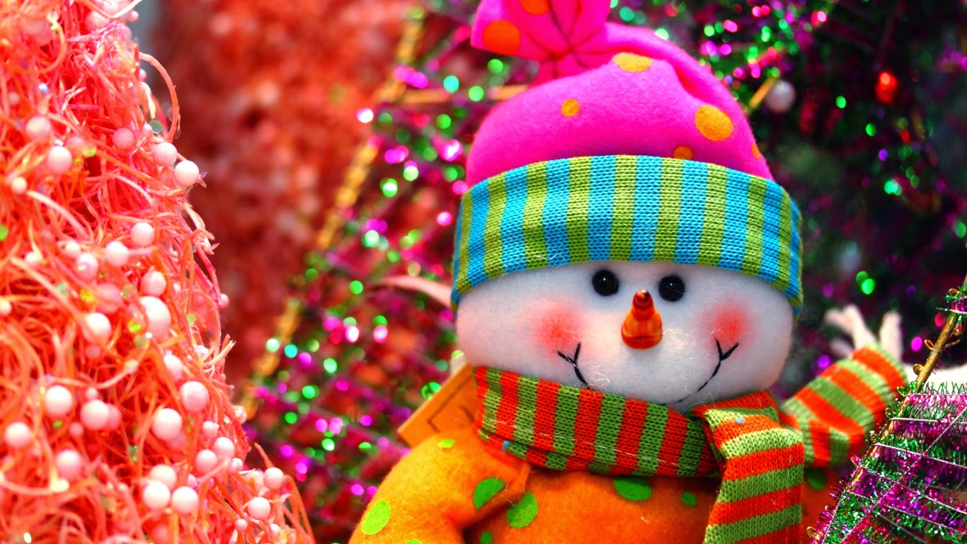 cute-little-snowman-colorful-dress-beautiful-image-HD-photo-for-sharing.jpg