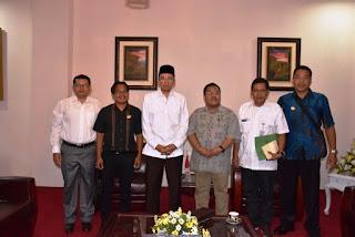 Guide di Lombok Diminta Professional