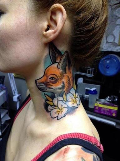 Fox desenho de tatuagem no pescoço para mulheres