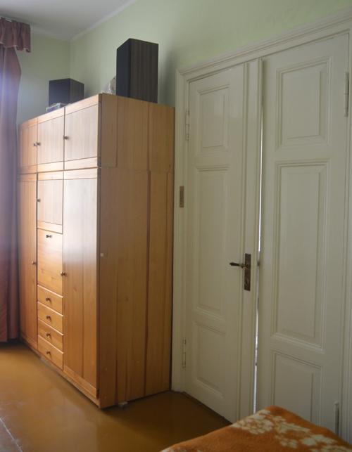 stara kamienica drzwi