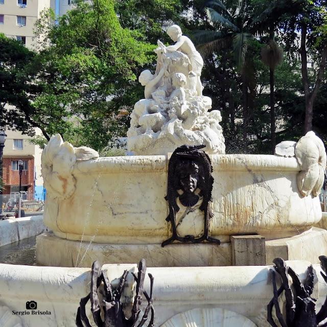 Vista lateral da Fonte Monumental - Praça Júlio Mesquita - Centro - São Paulo