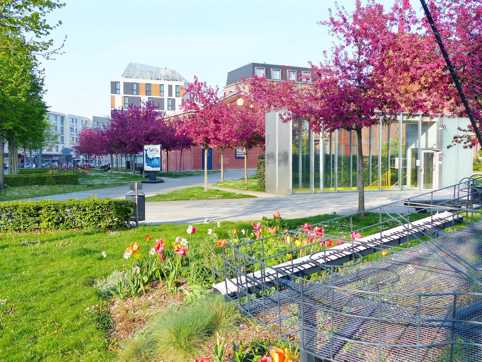 Photo promenade extérieure Hospice d'Havré - Tourcoing