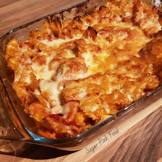 Creamy Chicken, Bacon and Tomato Pasta Bake