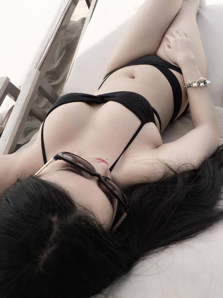 Archived: Vietnam Sexy Girl In Black Bikini