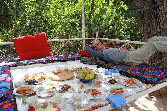 Tadjikistan, Dushanbe, tapchane, tapshan, Buvak, © L. Gigout, 2012