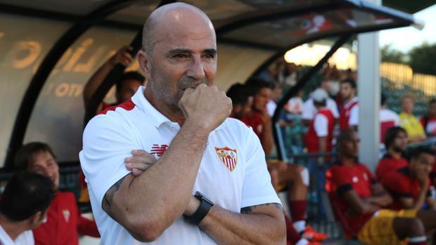La AFA quiere que adidas saque a Sampaoli del Sevilla