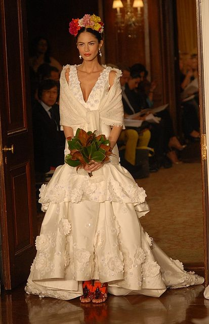 The Traditional Mexican Wedding Dresses Basically Dominated By Crochet Lace Vintage And Cly Steal Also With Short To Long Sleeves