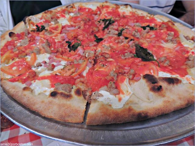 Pizza de Grimaldi's Pizzeria en Brooklyn, Nueva York