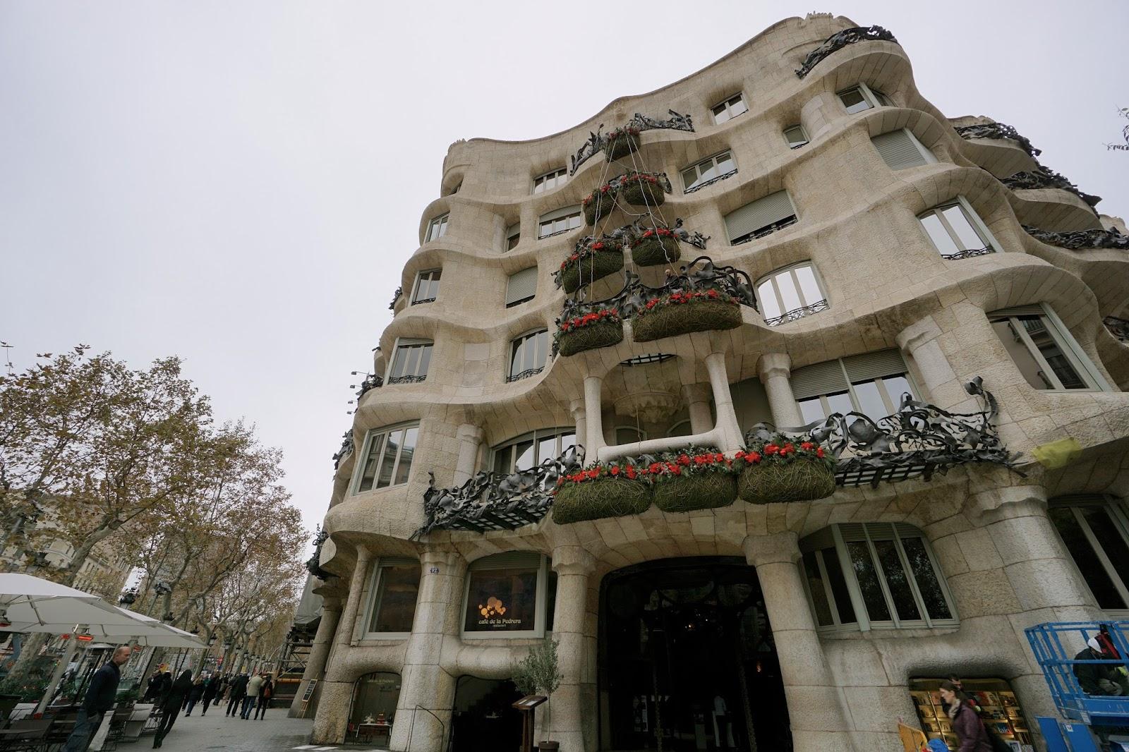 カサ・ミラ(Casa Milà)のクリスマス