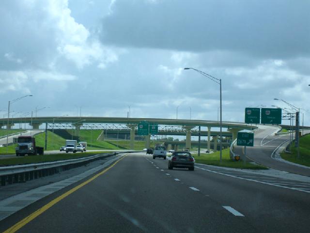 Como é a estrada que liga Orlando e Miami?