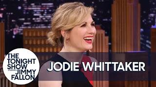 Jodie Whittaker se veste de panda e mostra suas habilidades de dança louca