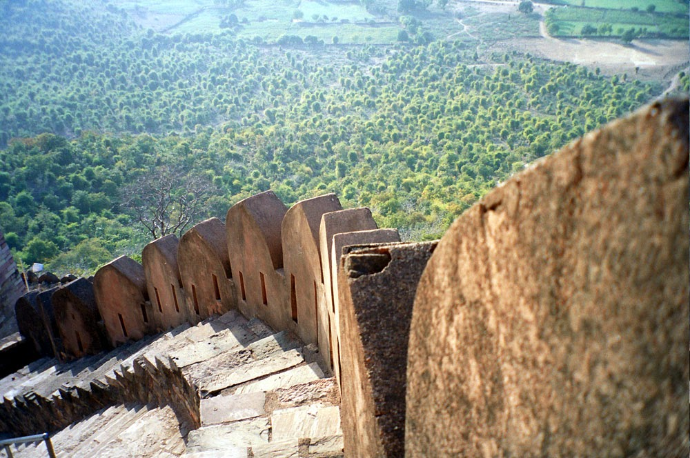 kalinjar fort steps near neelkanth temple