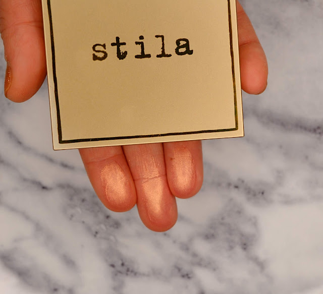 "Stila|Heaven's Hue Highlighter in ""Incandescence"" Swatch"