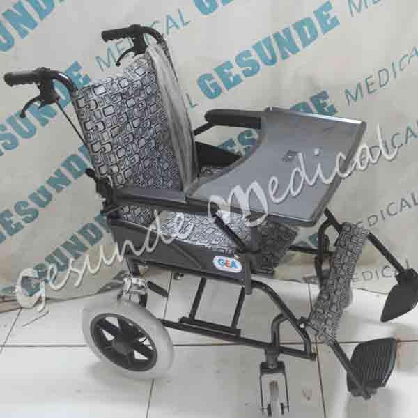 dimana beli kursi roda dengan meja
