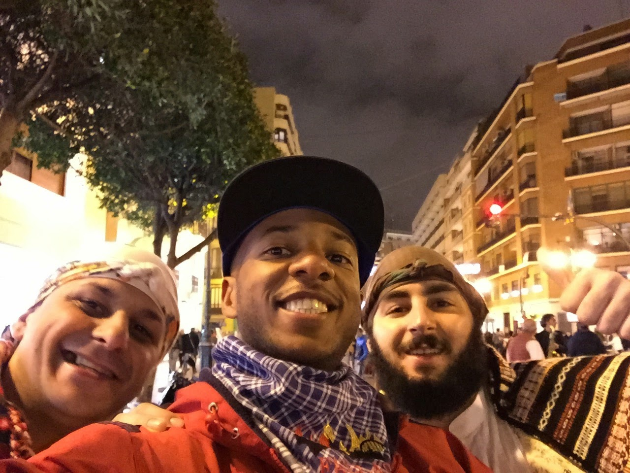 Two Valencianos from the parade wanted me to take a pic with them
