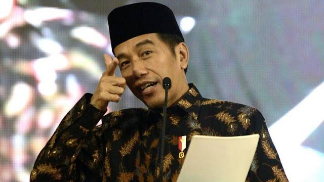 Jokowi: Siapa Suruh Makan Jalan Tol? Makan Aspal Nanti Sakit Perut