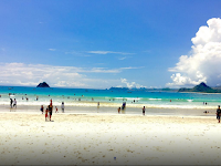 Pantai Selong Belanak Lombok, Pantai Biru yang Indah
