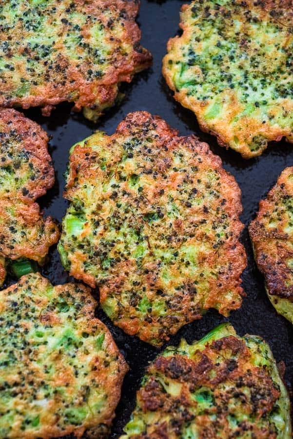 BASIC BROCCOLI FRITTERS #broccolifritters #broccoli #broccolirecipes #healthyrecipes #easyrecipes #breakfastideas