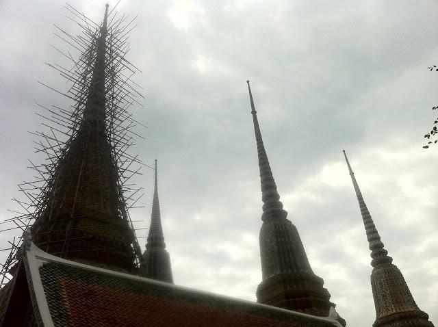 Una de las torres en construcción