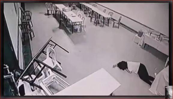 Mengerikan, Hantu Jahat Mengamuk Terekam CCTV Hotel Menyerang Seorang Wanita