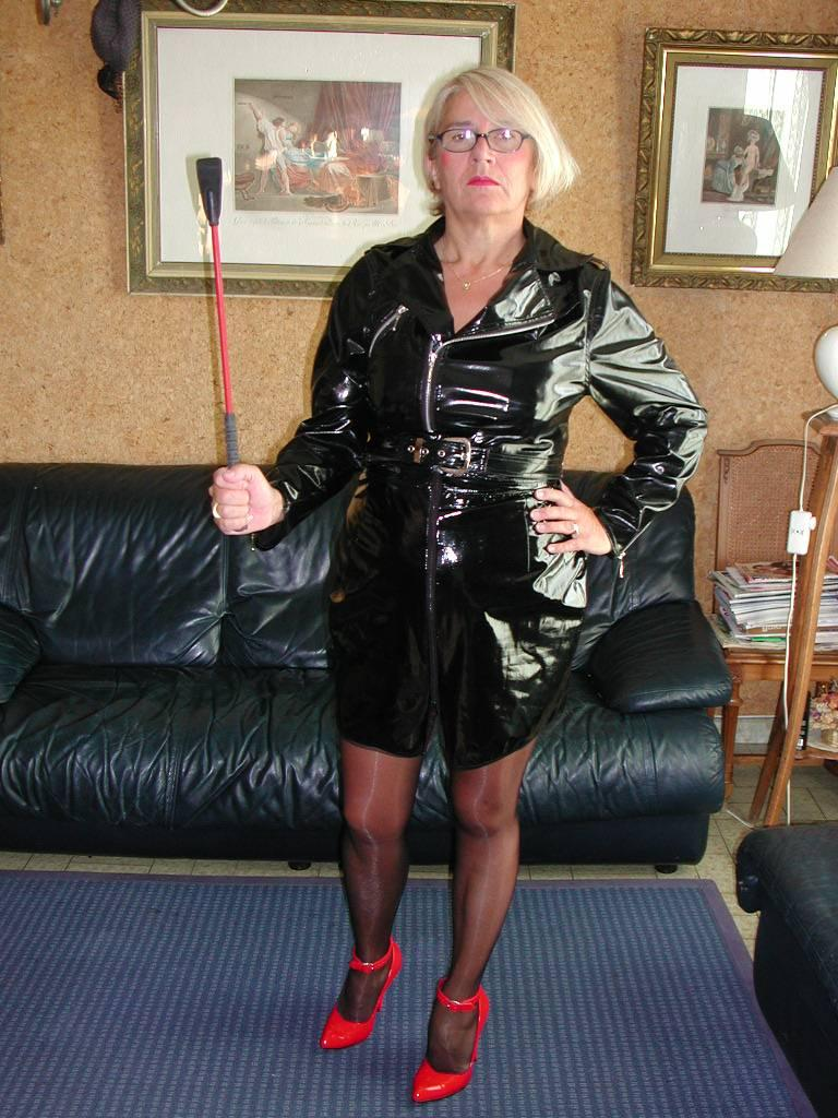 mature lovers: Mature Annick French leggy exhibitionist