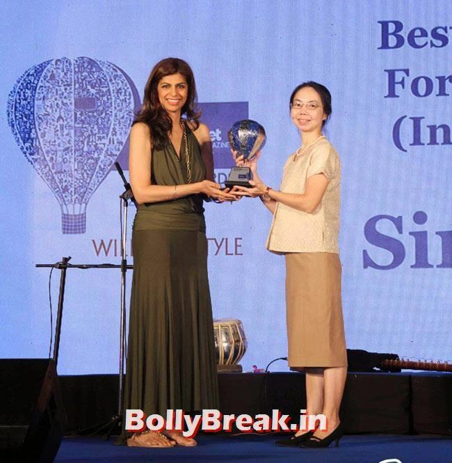 Zeba Kohli, Evelyn Sharma sizzles at Lonely Planet Magazine India Travel Awards 2014