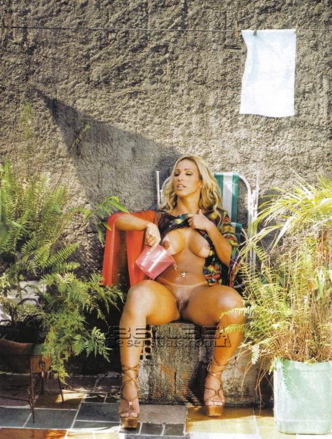 Valesca Popozuda nua, pelada na Playboy 31