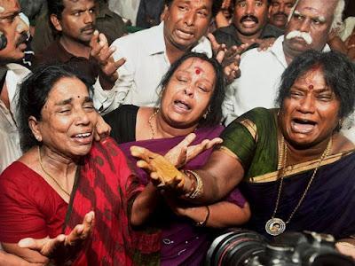 ஜெயலலிதா மறைவு : அதிர்ச்சியில் உயிரிழந்த 77 பேரின் குடும்பத்துக்கு 3 லட்சம் நிதியுதவி