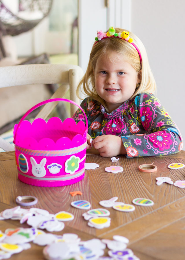 Fun Easter kids craft idea - decorate your own Easter basket!