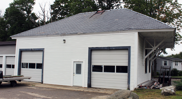 White river division b m greenland nh station for Rear garage door